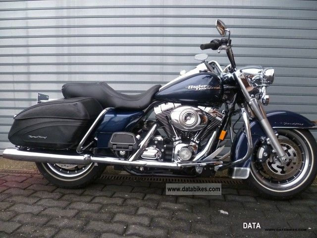 2008 Harley Davidson  FLHRI Road King with a variety of extras! Motorcycle Chopper/Cruiser photo