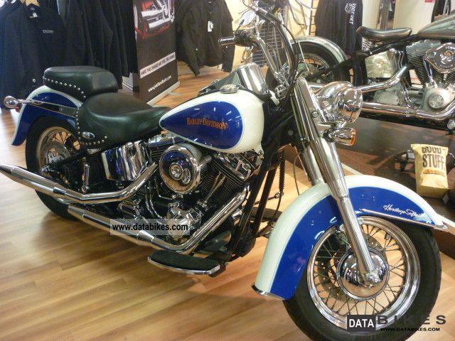 2004 Harley Davidson  Heritage Softail FLSTC 301 on Motorcycle Chopper/Cruiser photo