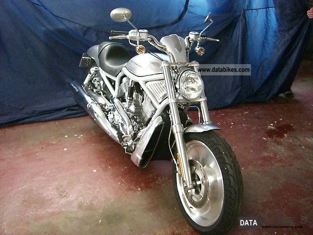 2002 Harley Davidson  V-Rod VR1 Motorcycle Chopper/Cruiser photo