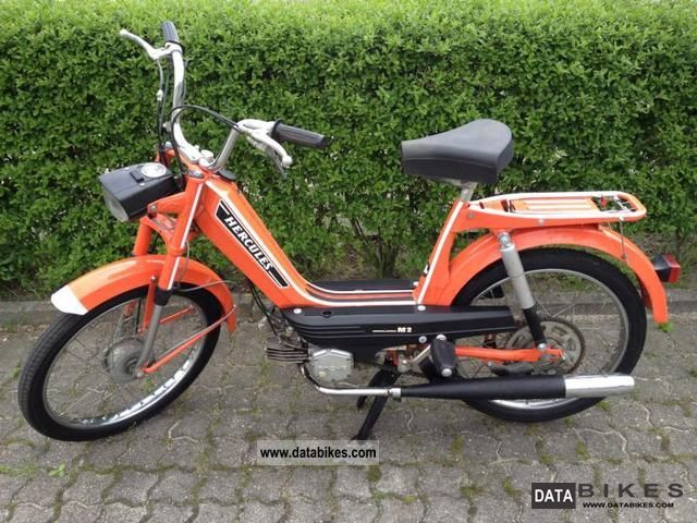 1975 Hercules  M2 vintage moped / 1.Hand / only 2.500km / Bj.75 Motorcycle Motor-assisted Bicycle/Small Moped photo