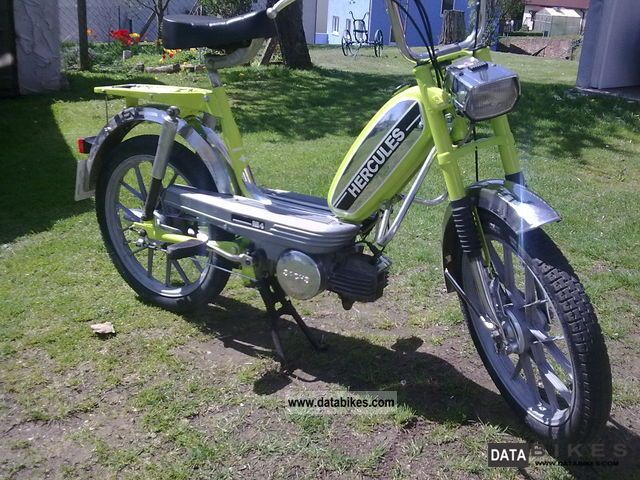 1976 Hercules  M4 Motorcycle Motor-assisted Bicycle/Small Moped photo