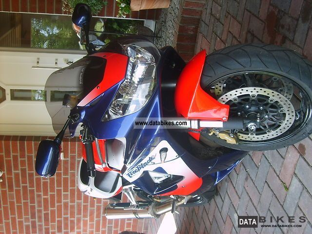 Honda  CBR 900 RR Fireblade SC 44 2000 Sports/Super Sports Bike photo
