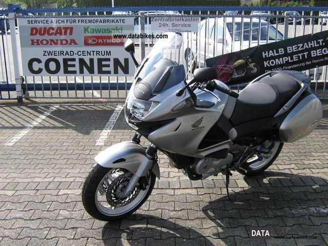 2012 Honda  Deauville ABS Motorcycle Motorcycle photo