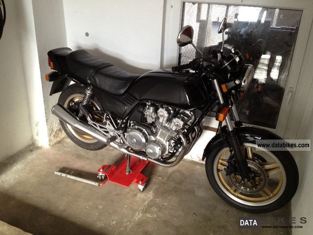 1985 Honda  CB 750 F Motorcycle Tourer photo