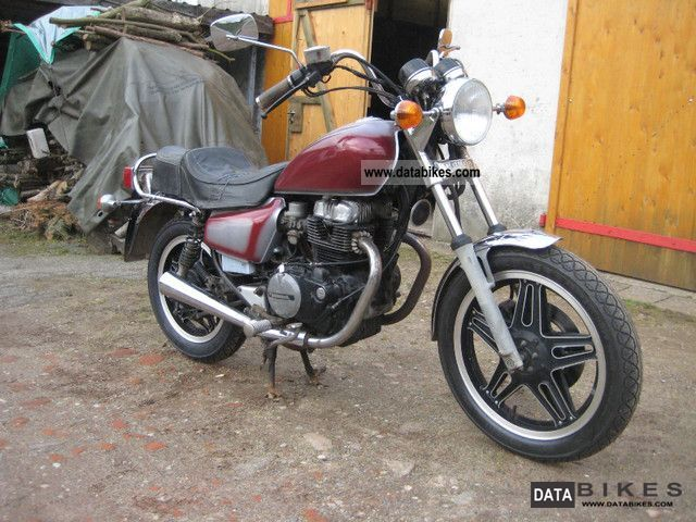1983 Honda  cm 400 t Motorcycle Chopper/Cruiser photo
