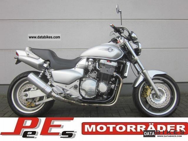 1999 Honda  X4 * The V-Max, Honda! * Similar. CB1300 Motorcycle Naked Bike photo