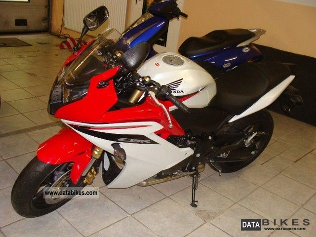 2011 Honda  cbr 600 fa Motorcycle Motorcycle photo