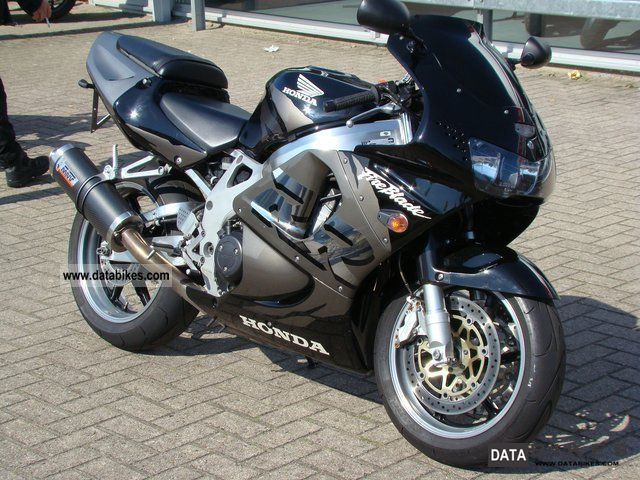 1998 honda cbr900rr fireblade. Black Bedroom Furniture Sets. Home Design Ideas