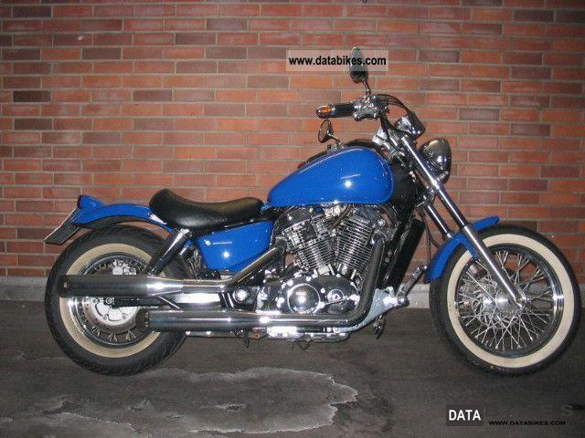 1997 Honda  VT 1100 C2 American. Model Motorcycle Chopper/Cruiser photo