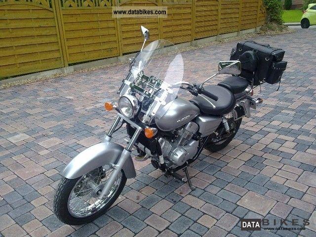 2006 Honda  Shadow Motorcycle Chopper/Cruiser photo