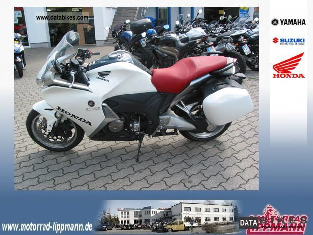 2010 Honda  VFR 1200F ABS - SC63 Motorcycle Sport Touring Motorcycles photo