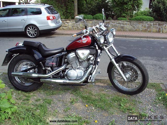 1994 Honda  Shadow VT 600 Motorcycle Chopper/Cruiser photo