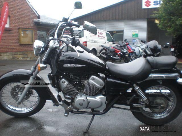 2000 Honda  VT 125 Shadow Motorcycle Chopper/Cruiser photo