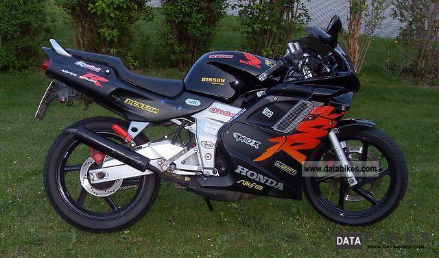 2000 Honda  NSR 125 Motorcycle Sports/Super Sports Bike photo
