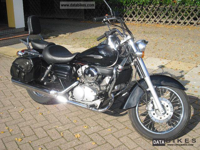 2003 Honda  Shadow Motorcycle Chopper/Cruiser photo