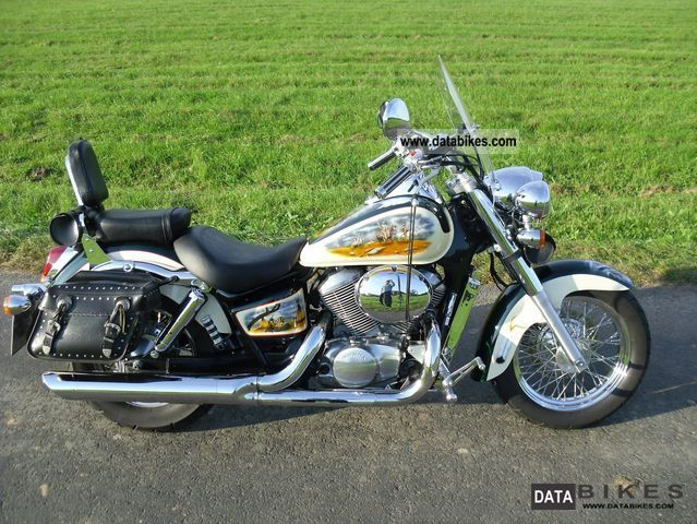 1998 Honda  VT 750 C2 Shadow Motorcycle Chopper/Cruiser photo