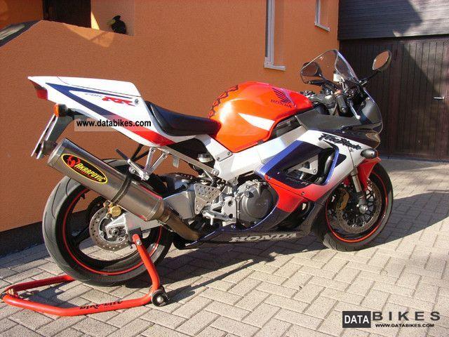 Honda  CBR 900 RR SC44-Akra Compl. USB Power Command-3 2000 Sports/Super Sports Bike photo