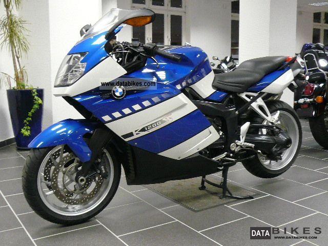 Honda  CBR 1100 XX Super Blackbird 2001 Sports/Super Sports Bike photo