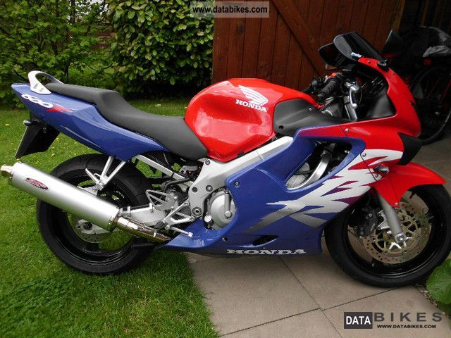 2000 Honda  CBR600 Motorcycle Sports/Super Sports Bike photo