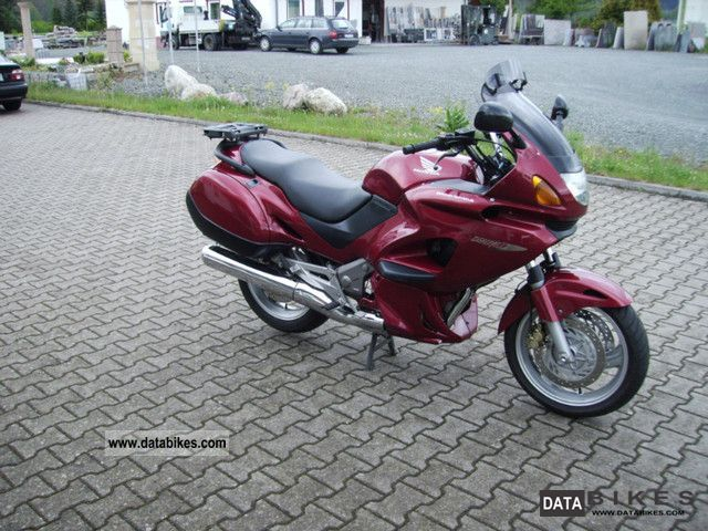 2000 Honda  NT 650 Deauville Motorcycle Motorcycle photo