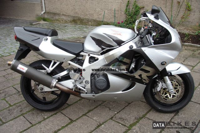 1998 Honda  SC 33 CBR RR Fireblade Motorcycle Sports/Super Sports Bike photo