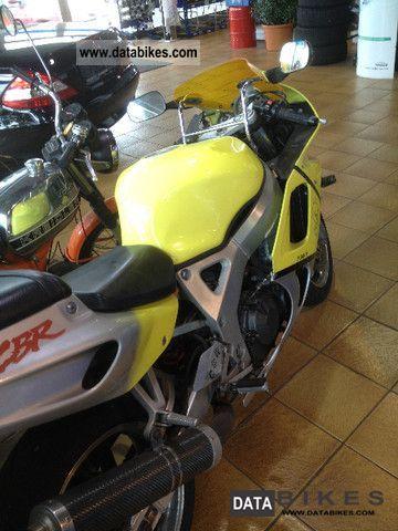 Honda  CBR 900 Fireblade 1994 Motorcycle photo