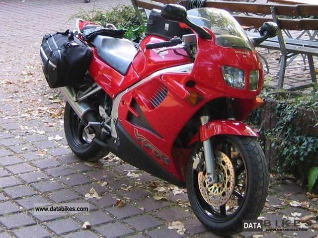 1995 Honda  VFR 750 F / RC 36 Motorcycle Sport Touring Motorcycles photo