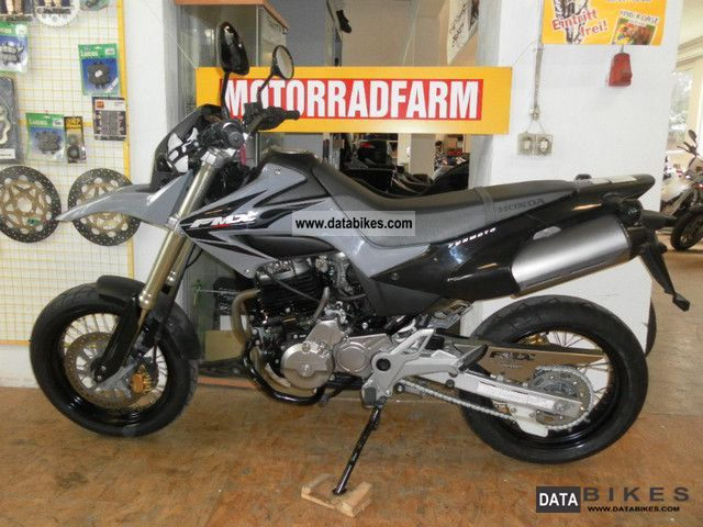 2007 Honda  FMX 650 Supermoto in 2007 with 25kW 4Tkm Motorcycle Super Moto photo