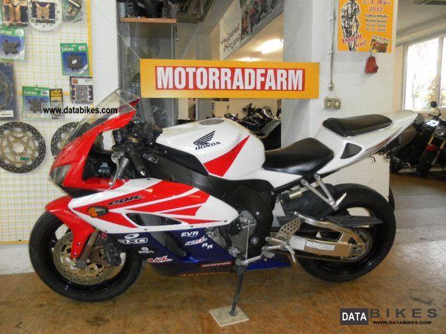 Honda  CBR 1000 RR from 2005 in top condition 2005 Sports/Super Sports Bike photo