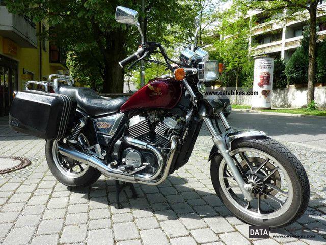 1985 Honda  vt 500c Motorcycle Chopper/Cruiser photo