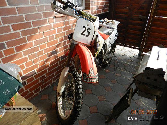 1996 Honda  125cc Motorcycle Rally/Cross photo