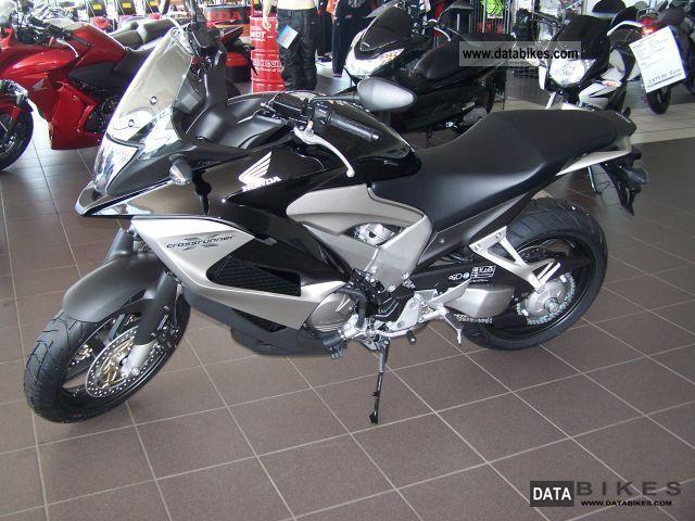 2011 Honda  Crossrunner Motorcycle Motorcycle photo