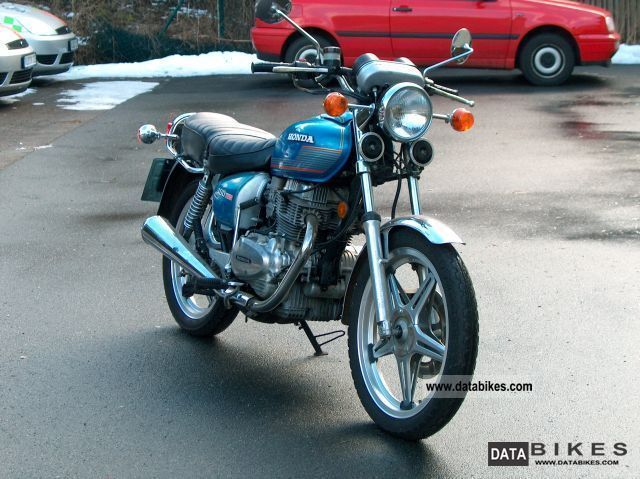 Honda  CB 400 T 1978 Vintage, Classic and Old Bikes photo
