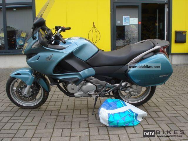 2006 Honda  NT 700 V Deauville Motorcycle Motorcycle photo