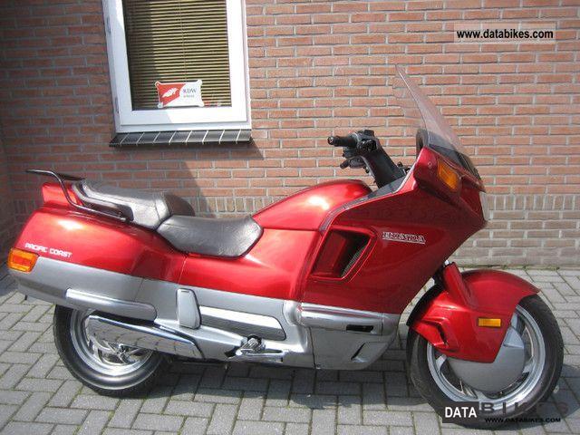 1991 Honda  PC 800 PACIFIC COAST Motorcycle Motorcycle photo