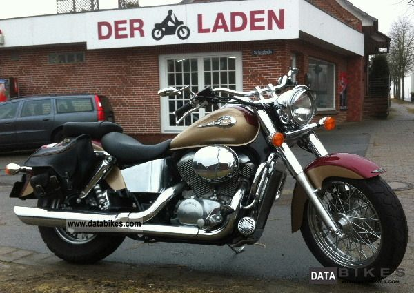 2000 Honda  VT 750 American Classic Edition Motorcycle Chopper/Cruiser photo