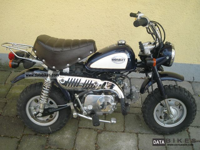 1997 Honda  Z 50 J2 Monkey Motorcycle Motor-assisted Bicycle/Small Moped photo
