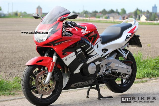 1997 Honda  CBR Motorcycle Sports/Super Sports Bike photo