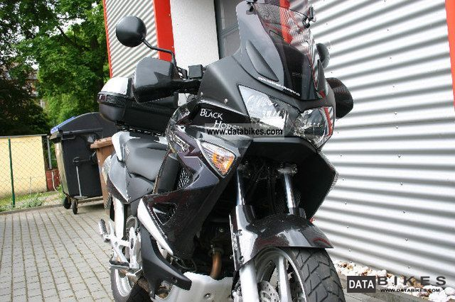 2011 Honda  XL 1000 VARADERO 50YEARS SD03 Made in Italy Motorcycle Enduro/Touring Enduro photo