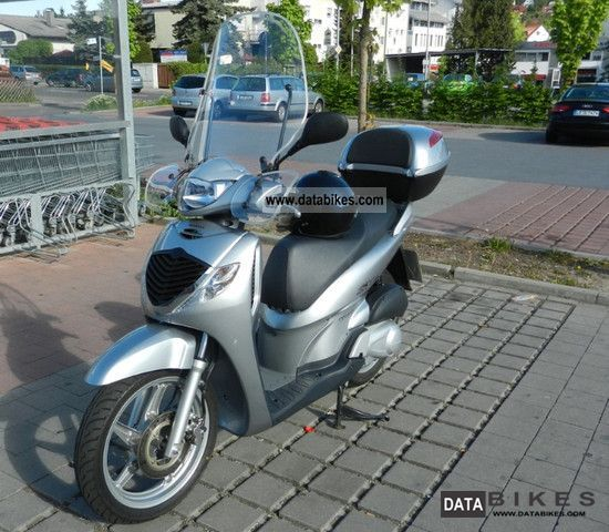 Honda  SH125i 2006 Scooter photo