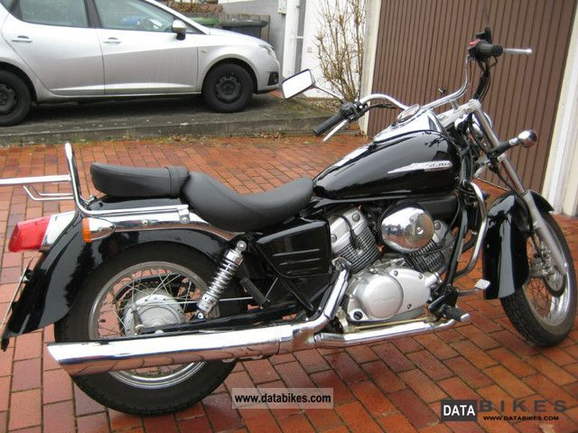 2007 Honda  Shadow 125 Motorcycle Chopper/Cruiser photo