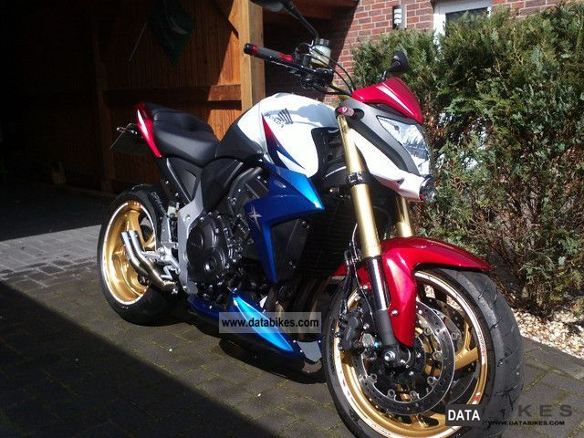 2011 Honda CBR 1000 R ABS Tricolour From Mint 1Hand Motorcycle Streetfighter Photo