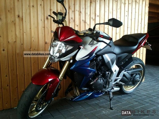 Hand Motorcycle Streetfighter Photo 1 2011 Honda CBR 1000 R ABS Tricolour From Mint 1Hand
