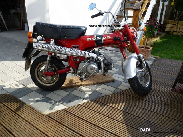 Honda  Dax ST 70 1977 Vintage, Classic and Old Bikes photo