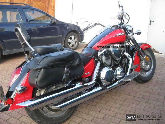 2007 Honda  VTX 1800T2 Motorcycle Chopper/Cruiser photo
