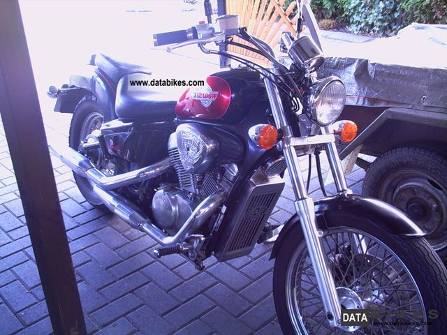1993 Honda  shadow 600 Motorcycle Chopper/Cruiser photo