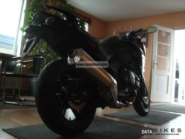 2010 Honda  CBF 1000 Motorcycle Sport Touring Motorcycles photo