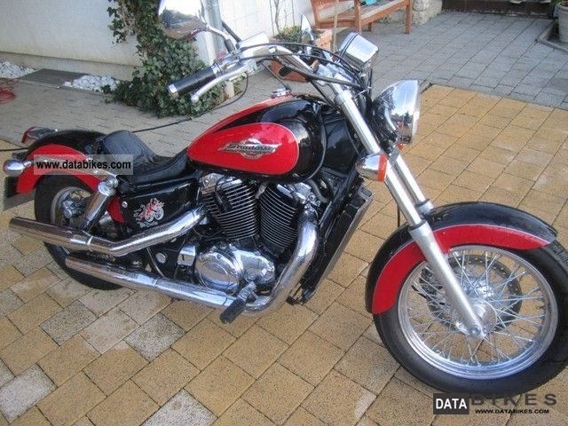 1996 Honda  VT 1100 C2 Shadow Motorcycle Chopper/Cruiser photo