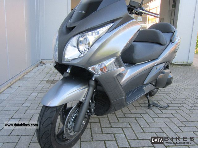 Honda  SWT400 2010 Scooter photo