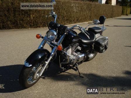 2006 Honda  VT 750-RC50 Motorcycle Chopper/Cruiser photo